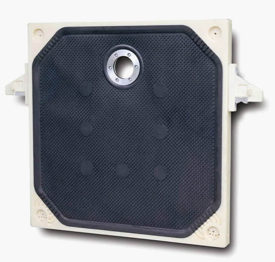 Rubber membrane filter plate with head feed eye